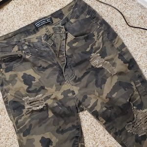 Camo distressed jeans